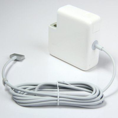 Replacement AC  Adapter / Ladegerät for Apple MacBook Pro 60W 16.5V 3.65A ( 100 - 240V )